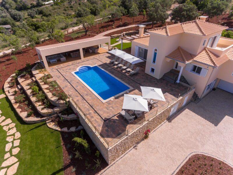Evg865 Luxury Villa Golf Holiday In The Algarve 01